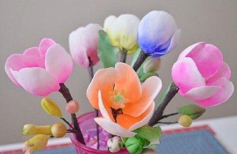 Cómo hacer tulipanes en pasta de goma