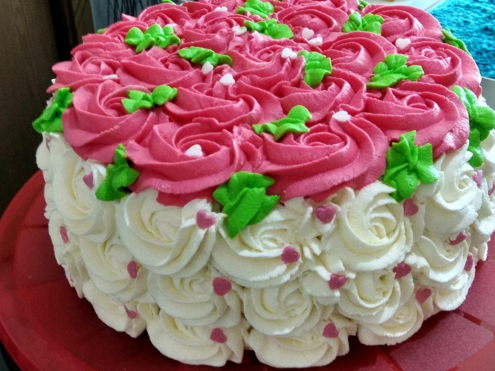 tarta-decorada-con-flores