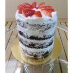 Naked cake vegana de chocolate y nata