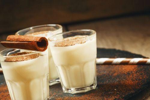 Ponche de leche.