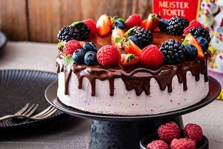 decoracion torta cumpleaños con ganache